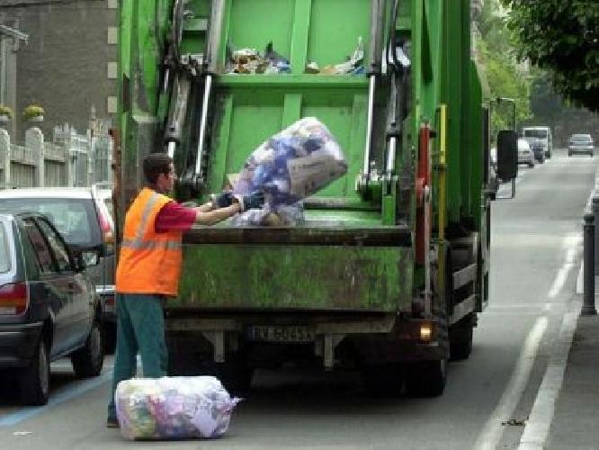 http://www.ragusanews.com//immagini_articoli/22-05-2014/ragusa-pubblicato-il-bando-per-lrsquo;appalto-dei-rifiuti-500.jpg