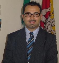http://www.ragusanews.com//immagini_articoli/22-05-2017/vice-sindaco-andrea-rosa-dimette-consigliere-comunale-240.jpg