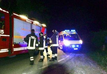 https://www.ragusanews.com//immagini_articoli/22-05-2018/modica-travolti-coniugi-contrada-marco-morti-colpo-240.jpg