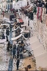 https://www.ragusanews.com//immagini_articoli/22-05-2020/cinema-quando-scicli-divento-far-west-240.jpg