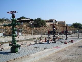 http://www.ragusanews.com//immagini_articoli/22-06-2017/petrolio-irminio-crisi-240.jpg