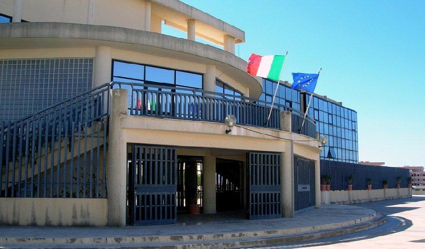 https://www.ragusanews.com//immagini_articoli/22-06-2018/sindaco-modica-roma-futuro-tribunale-500.jpg