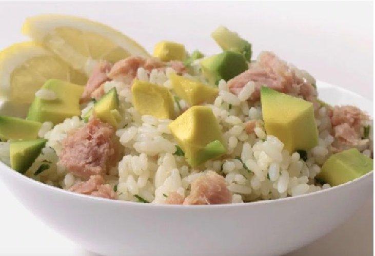 https://www.ragusanews.com//immagini_articoli/22-06-2019/dieta-riso-e-tonno-500.jpg