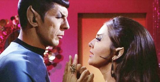 https://www.ragusanews.com//immagini_articoli/22-06-2021/e-morta-joanne-linville-l-attrice-fidanzata-di-spock-in-star-trek-280.jpg