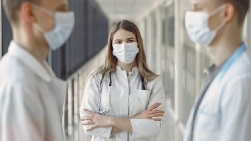 https://www.ragusanews.com//immagini_articoli/22-06-2021/il-2-36-dei-medici-non-vaccinati-sospesi-dall-ordine-280.jpg
