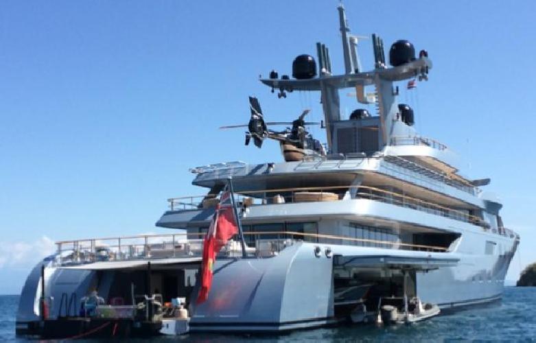 http://www.ragusanews.com//immagini_articoli/22-07-2017/pacific-yacht-metri-arriva-mare-siciliano-500.jpg