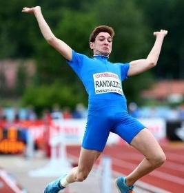 https://www.ragusanews.com//immagini_articoli/22-07-2021/1626953646-olimpiadi-solo-5-atleti-siciliani-su-384-azzurri-i-loro-volti-foto-2-280.jpg
