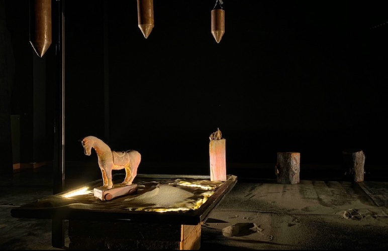 https://www.ragusanews.com//immagini_articoli/22-07-2021/la-tragedia-greca-nel-barocco-di-ragusa-ibla-500.jpg