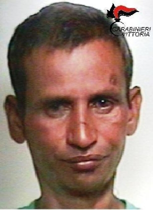 https://www.ragusanews.com//immagini_articoli/22-08-2016/espulso-dall-italia-l-indiano-che-ha-tentato-di-rapire-la-bimba-420.jpg