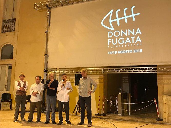 https://www.ragusanews.com//immagini_articoli/22-08-2018/cinema-castello-donnafugata-500.jpg