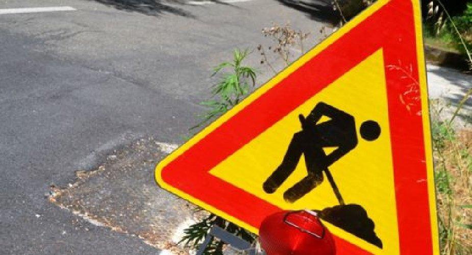 https://www.ragusanews.com//immagini_articoli/22-08-2018/ragusa-lavori-rete-idrica-disagi-traffico-viale-americhe-500.jpg