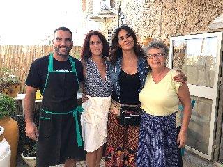 https://www.ragusanews.com//immagini_articoli/22-08-2019/maria-grazia-cucinotta-a-marzamemi-240.jpg