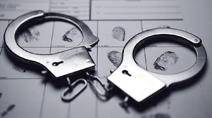 https://www.ragusanews.com//immagini_articoli/22-08-2020/vittoria-polizia-esegue-mandato-di-arresto-europeo-500.jpg