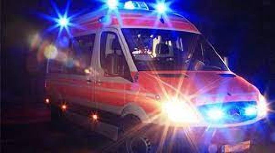 https://www.ragusanews.com//immagini_articoli/22-08-2021/incidente-nella-notte-a-santa-croce-due-feriti-500.jpg