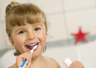 http://www.ragusanews.com//immagini_articoli/22-09-2014/prevenzione-odontoiatrica-nei-bambini-se-ne-parla-a-vittoria-240.jpg