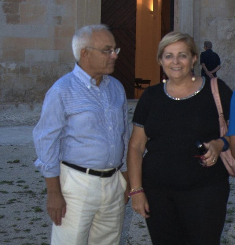 https://www.ragusanews.com//immagini_articoli/22-09-2015/1442945389-1-le-scoperte-di-pino-nifosi-sugli-affreschi-della-croce.jpg