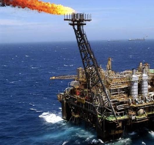 https://www.ragusanews.com//immagini_articoli/22-09-2015/eni-4-vite-bruciate-in-due-settimane-per-il-petrolio-500.jpg