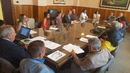 https://www.ragusanews.com//immagini_articoli/22-09-2018/dimensionamento-scolastico-conferenza-provinciale-decide-240.jpg