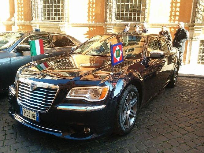 https://www.ragusanews.com//immagini_articoli/22-09-2018/siracusa-accoglie-presidente-mattarella-500.jpg