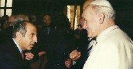 https://www.ragusanews.com//immagini_articoli/22-10-2018/morto-nicotra-nome-muri-mezza-sicilia-100.jpg