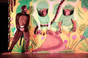https://www.ragusanews.com//immagini_articoli/22-10-2019/a-ragusa-il-teatro-per-i-bambini-240.jpg
