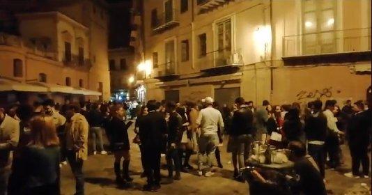 https://www.ragusanews.com//immagini_articoli/22-10-2020/palermo-vietato-fermarsi-in-strada-arriva-l-ordinanza-di-orlando-280.jpg