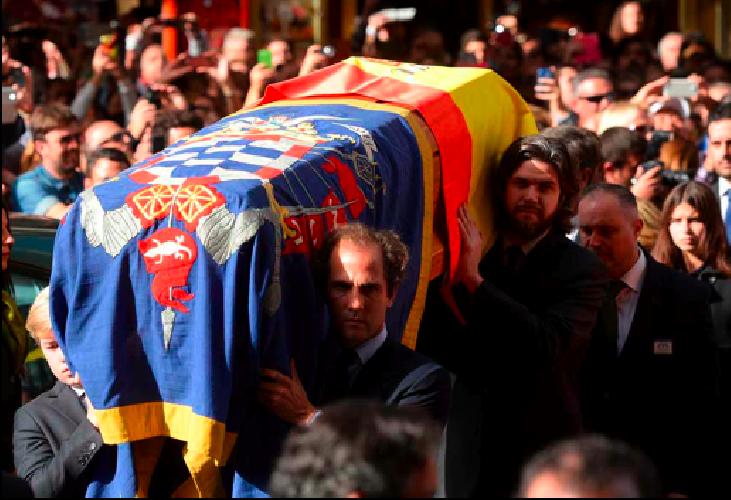 https://www.ragusanews.com//immagini_articoli/22-11-2014/i-funerali-di-cayetana-dalba-contessa-di-modica-500.png