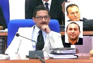 https://www.ragusanews.com//immagini_articoli/22-11-2019/incandidabile-per-dieci-anni-l-ex-sindaco-di-pachino-240.jpg