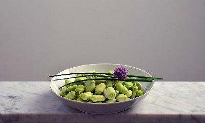 https://www.ragusanews.com//immagini_articoli/22-11-2019/nutrizione-perdere-peso-con-la-dieta-fave-240.jpg