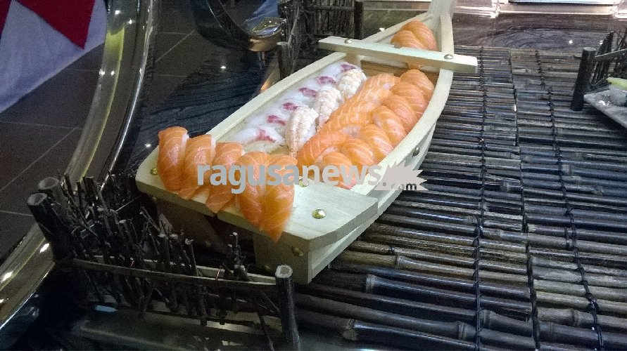 https://www.ragusanews.com//immagini_articoli/22-12-2017/ilufa-sushi-grande-qualita-ambiente-elegante-foto-500.jpg
