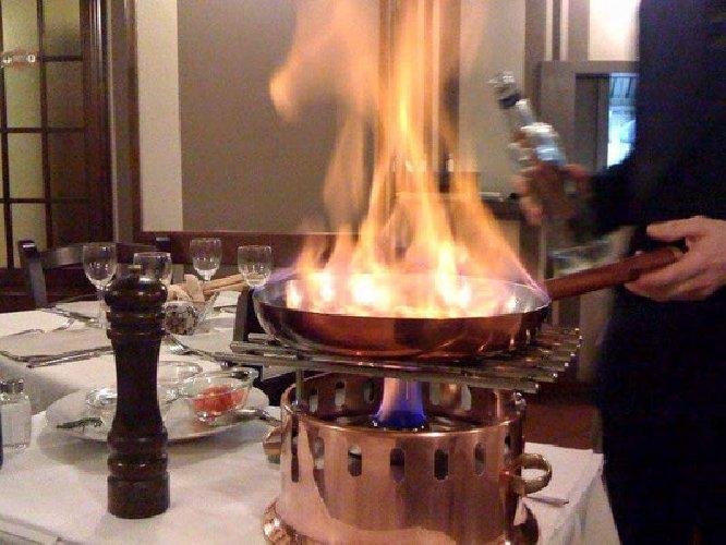 https://www.ragusanews.com//immagini_articoli/23-01-2018/chiaramonte-concorso-regionale-cucina-flambe-500.jpg