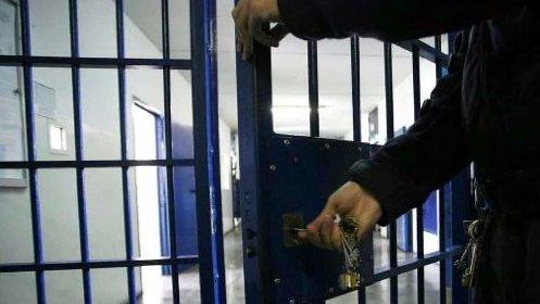 https://www.ragusanews.com//immagini_articoli/23-01-2021/condannato-per-furto-comisano-finisce-in-carcere-280.jpg