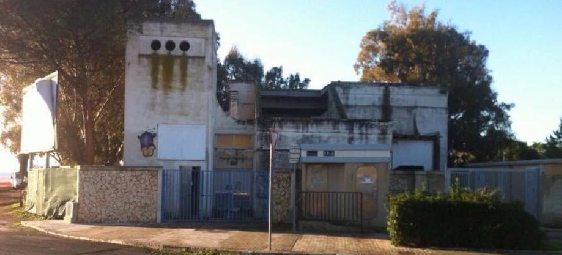 http://www.ragusanews.com//immagini_articoli/23-02-2015/demolito-l-ex-depuratore-di-marina-500.jpg
