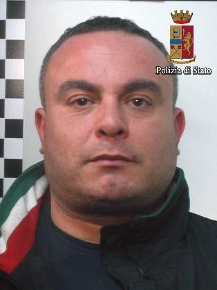 http://www.ragusanews.com//immagini_articoli/23-02-2017/droga-piazza-manin-arrestato-spacciatore-420.jpg