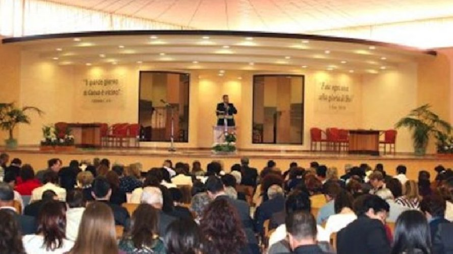 https://www.ragusanews.com//immagini_articoli/23-02-2018/caltanissetta-assemblea-testimoni-geova-ragusa-siracusa-500.jpg