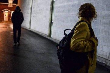 http://www.ragusanews.com//immagini_articoli/23-02-2018/modica-stalker-condannato-cinque-anni-carcere-240.jpg