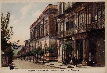 https://www.ragusanews.com//immagini_articoli/23-02-2019/ragusa-caffe-trieste-1919-2018-240.jpg