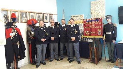 https://www.ragusanews.com//immagini_articoli/23-02-2020/il-comandante-tancredi-in-visita-ai-combattenti-240.jpg