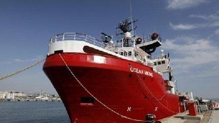 https://www.ragusanews.com//immagini_articoli/23-02-2020/ocean-viking-a-pozzallo-nessun-sospetto-di-coronavirus-240.jpg