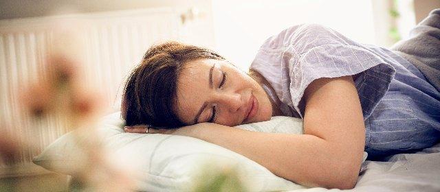 https://www.ragusanews.com//immagini_articoli/23-02-2021/giornata-mondiale-del-sonno-2021-10-consigli-da-seguire-per-dormire-bene-280.jpg