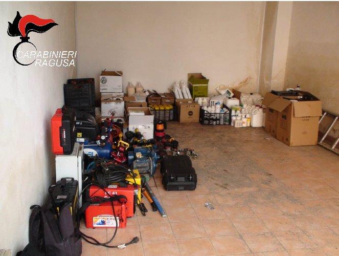 https://www.ragusanews.com//immagini_articoli/23-02-2021/refurtiva-recuperata-dai-carabinieri-si-cercano-i-proprietari-500.jpg