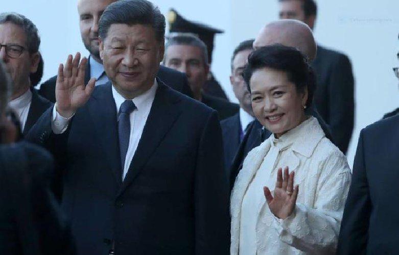 https://www.ragusanews.com//immagini_articoli/23-03-2019/jinping-mia-visita-palermo-portera-sicilia-milioni-cinesi-500.jpg