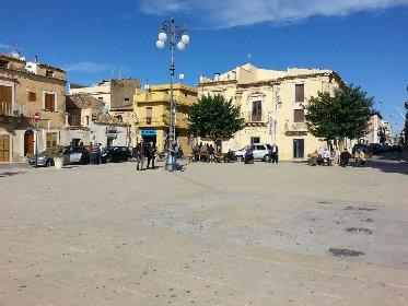 https://www.ragusanews.com//immagini_articoli/23-03-2021/il-sindaco-di-santa-croce-zona-rossa-ancora-no-280.jpg
