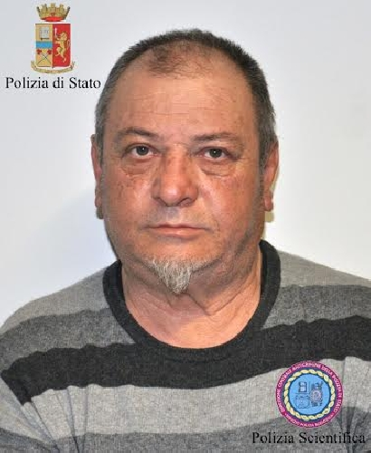 https://www.ragusanews.com//immagini_articoli/23-04-2014/tenta-di-uccidere-il-fratello-arrestato-salvatore-gianni-500.jpg