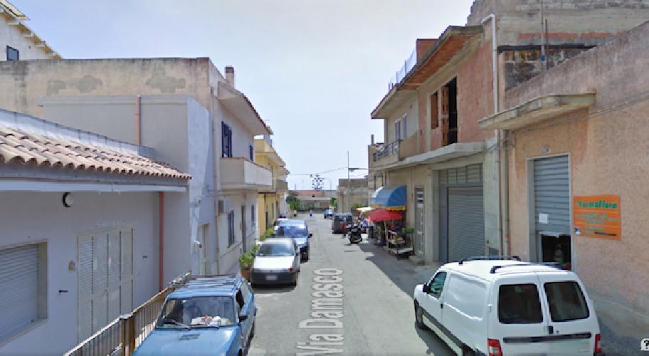 http://www.ragusanews.com//immagini_articoli/23-04-2015/incendiata-un-auto-a-sampieri-500.png