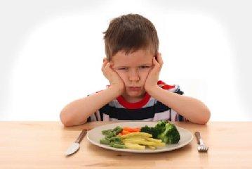 https://www.ragusanews.com//immagini_articoli/23-04-2018/bambini-italiani-mangiano-verdura-sindrome-bracciodiferro-240.jpg