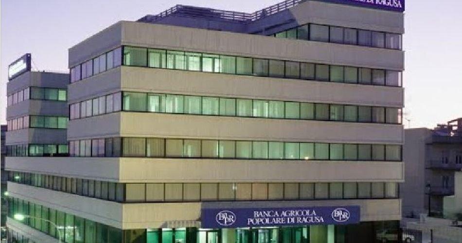 https://www.ragusanews.com//immagini_articoli/23-04-2019/bapr-ragusa-sigla-convenzione-con-ente-nazionale-per-microcredito-500.jpg