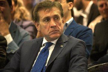 https://www.ragusanews.com//immagini_articoli/23-04-2019/forza-italia-mauro-lascia-il-ruolo-di-commissario-di-ragusa-240.jpg