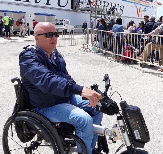 https://www.ragusanews.com//immagini_articoli/23-04-2019/ignazio-drago-a-malta-con-la-mia-moderna-carrozzina-elettrica-500.jpg