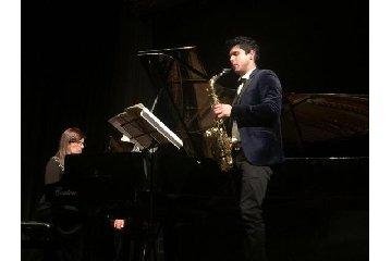 https://www.ragusanews.com//immagini_articoli/23-04-2019/il-duo-oblivion-in-concerto-a-ragusa-240.jpg